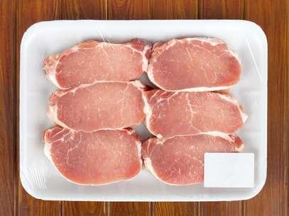 El consumo de mucha carne roja, cerdo y carnes procesadas (como los embutidos y el tocino) está relacionado también con el cáncer Foto: Thinkstock